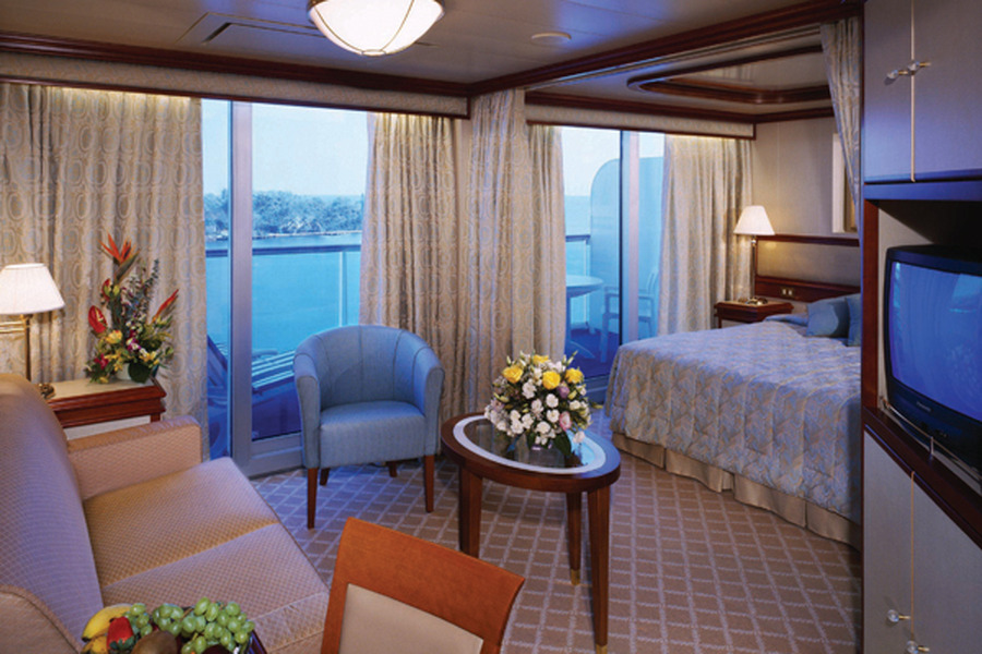 coral expeditions small ship cruises from cairns to the. Black Bedroom Furniture Sets. Home Design Ideas