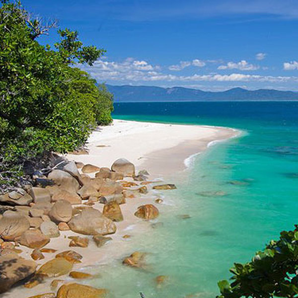 Fitzroy Island Queensland: 4 Night Cairns & Fitzroy Family Package
